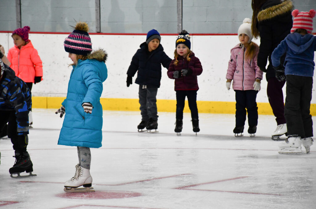 Willowbrook Ice Arena learn to skate class